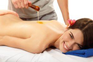 Как делать массаж с медом от остеохондроза в домашних условиях