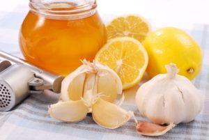 Как применять мед, лимон, имбирь и чеснок для очистки сосудов