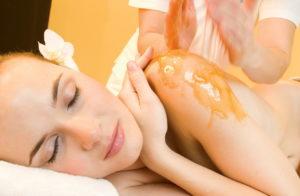 Как сделать медовый массаж от целлюлита в домашних условиях