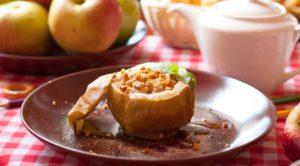 Как сделать вкусные яблоки с медом, запеченные в духовке