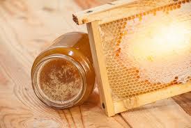 Может ли мед забродить во время хранения