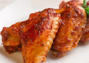 Как приготовить крылышки в медово-томатном соусе