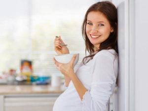 Можно ли беременным кушать мед