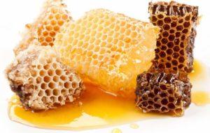 Можно ли есть воск сразу из пчелиных сот